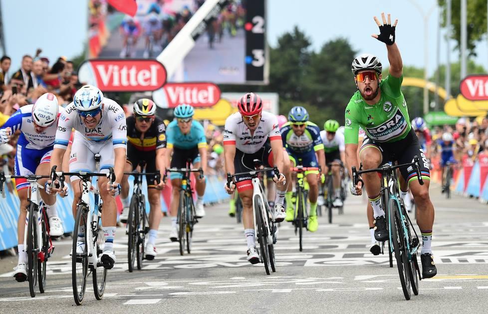 Peter Sagan vince la tredicesima tappa del Tour de France