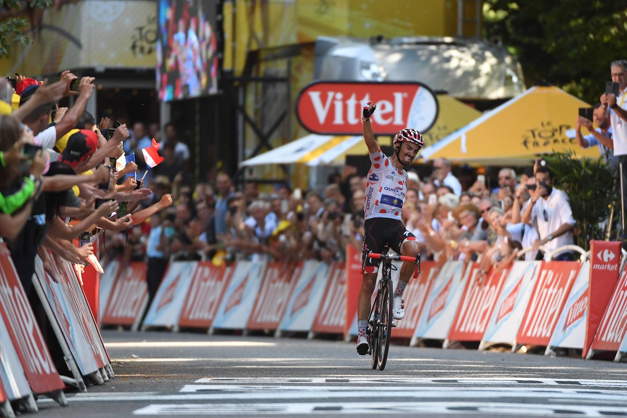 Julian Alaphilippe vince la sedicesima tappa del Tour de France 2018