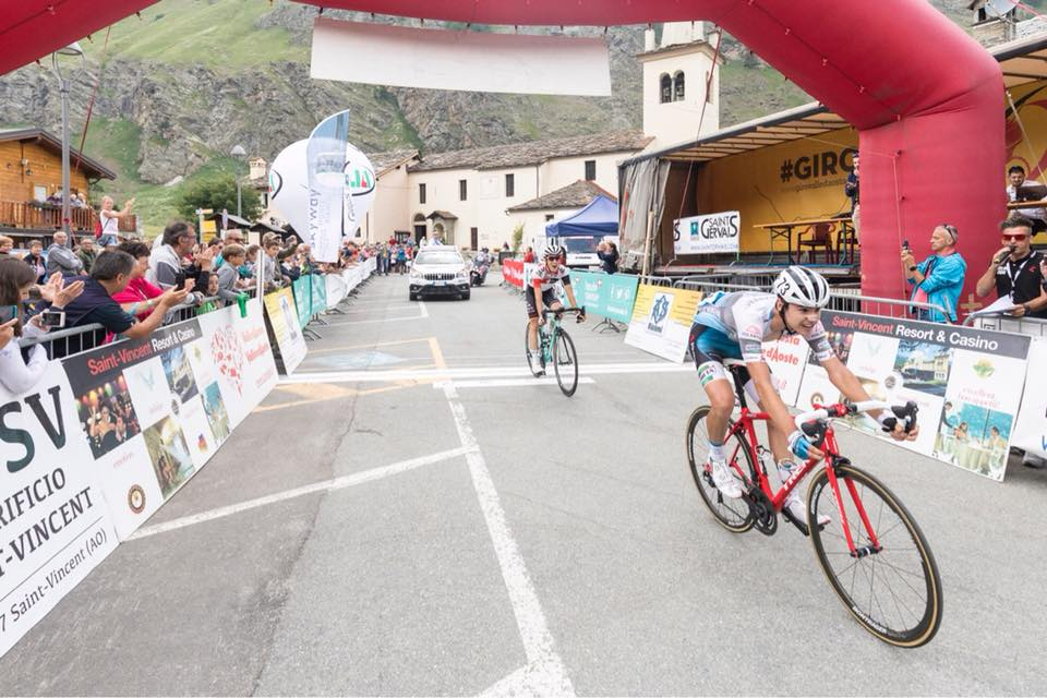 Kevin Inkelaarvince la prima tappa del Giro Valle d'Aosta davanti a Matteo Bellia