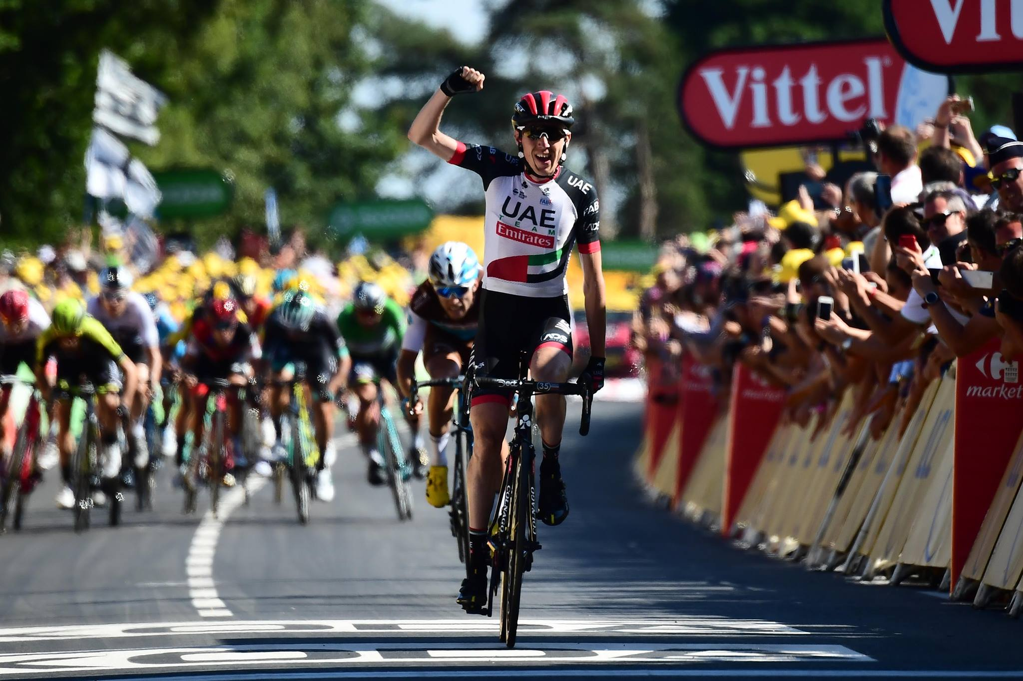Daniel Martin vince la sesta tappa del Tour de France