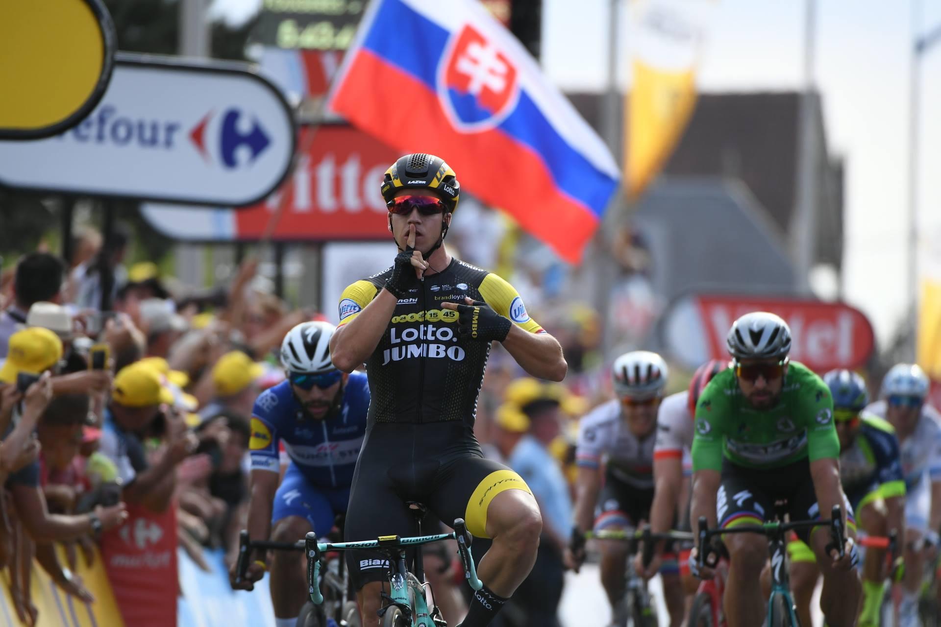 Dylan Groenewegen vince la settima tappa del Tour de France 2018