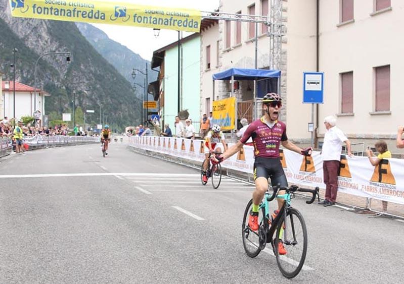 Andrea Cantoni vince la 29/a Casut-Cimolais, terza tappa del 16° Giro del Friuli Juniores