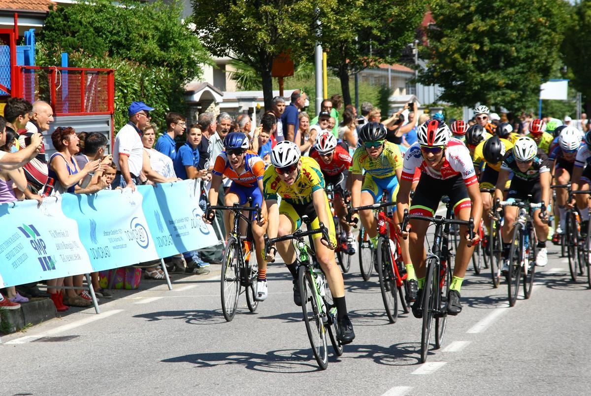 Michael Cattani vince a Bareggio
