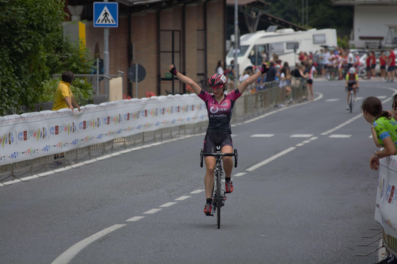 Letizia Borghesi vince la gara Open di Frabosa Soprana