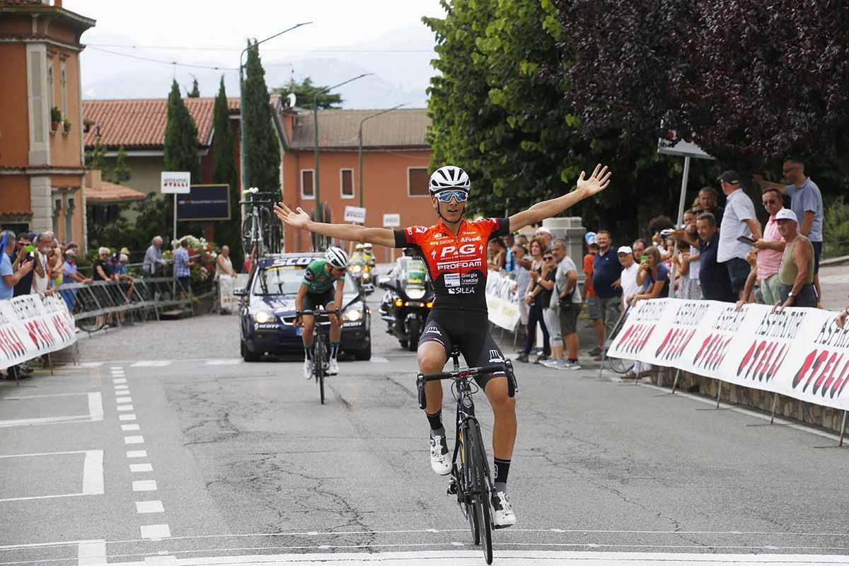 Nicolò Parisini vince la prima tappa della 3 Giorni Ciclistica Bresciana 2018