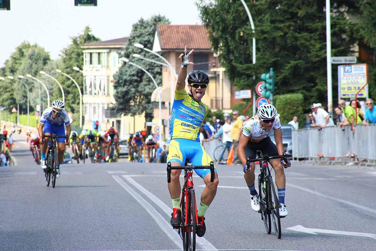 La vittoria di Alessandro Pini a Calusco d'Adda (foto Berry)