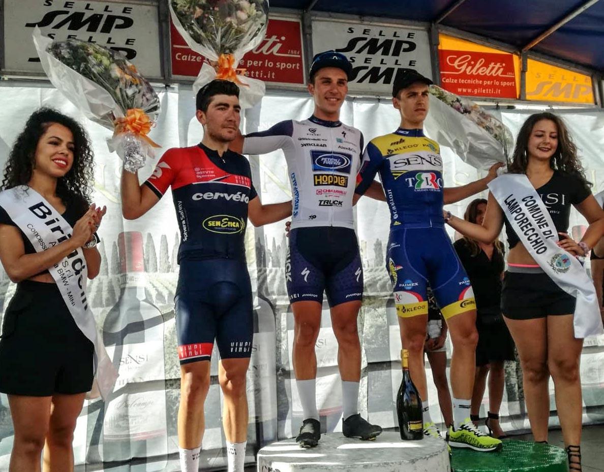 Ottavio Dotti sul gradino più altro del podio del Trofeo Chianti Sensi di Lamporecchio