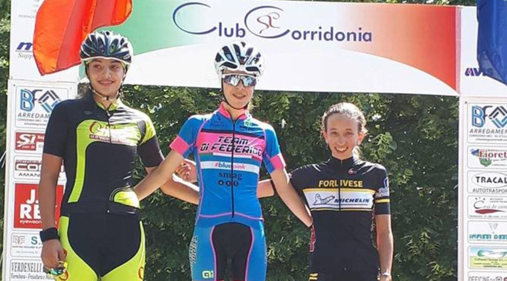 Il podio Donne Esordienti di Corridonia