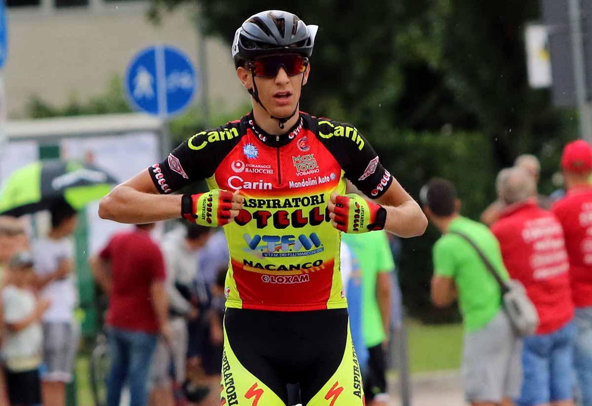 Francesco Calì vince a Bussolengo