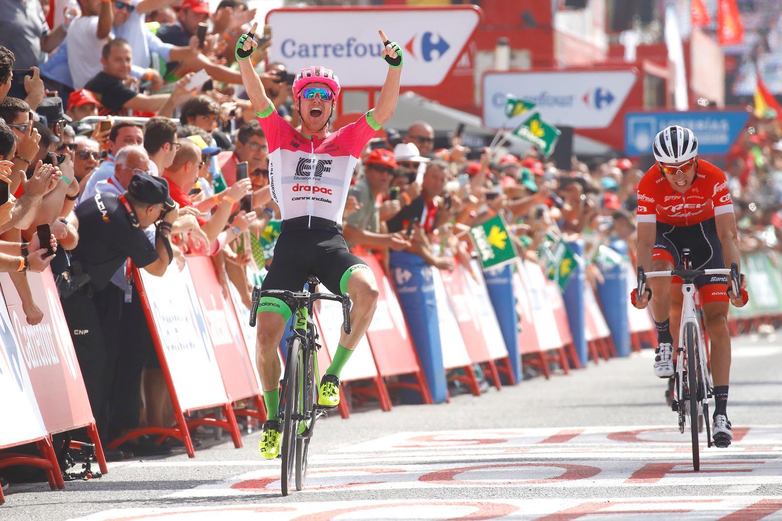 Simon Clarke vince la quinta tappa della Vuelta a Espana