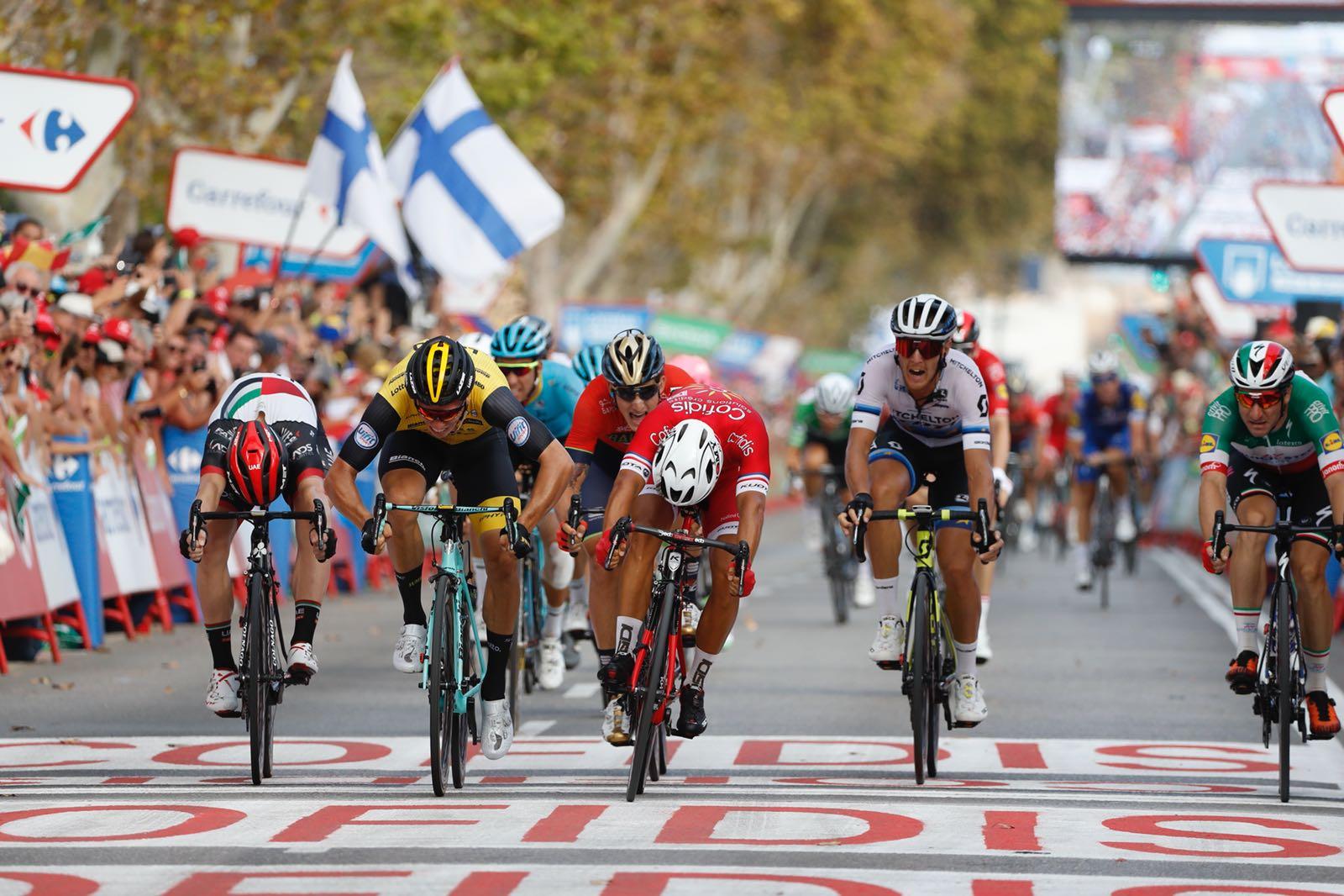 Nacer Bouhanni vince la sesta tappa della Vuelta a Espana