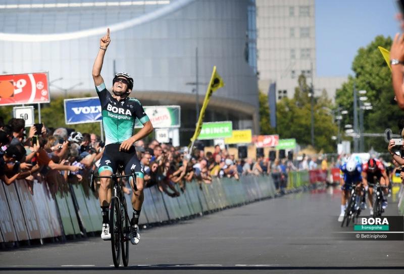 Gregor Mühlberger vince la sesta tappa del Binck Bank Tour
