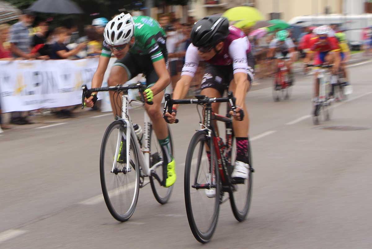 Thomas Capra batte Myles Porcelli nella gara Esordienti 1° anno del Giro d'Oro