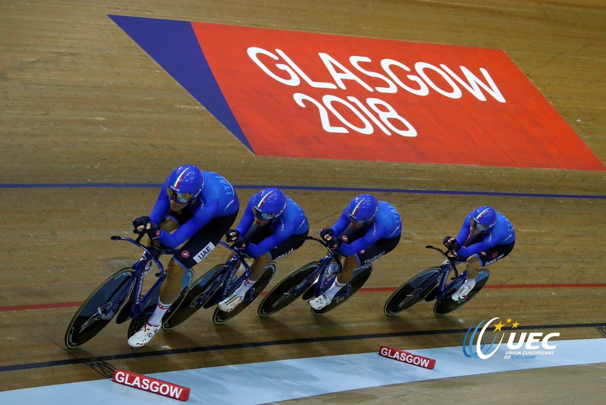 Azzurri campioni d'Europa dell'Inseguimento a squadre a Glasgow 2018 (foto UEC/BettiniPhoto)