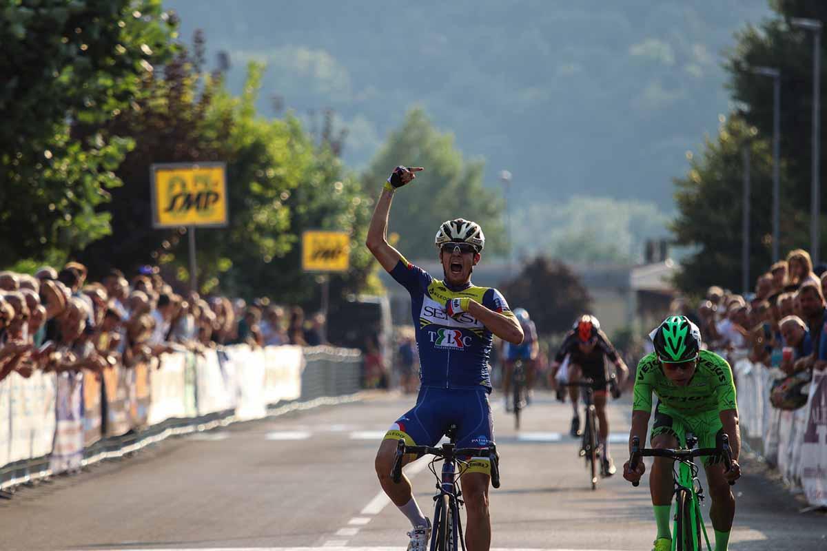 Michele Corradini vince il Giro del Casentino