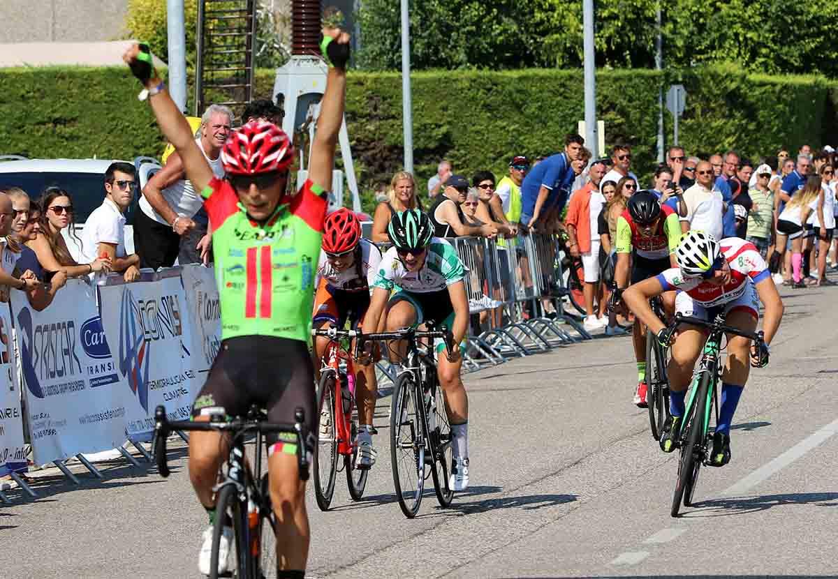 Alessia Patuelli vince a Dossobuono la gara Donne Allieve
