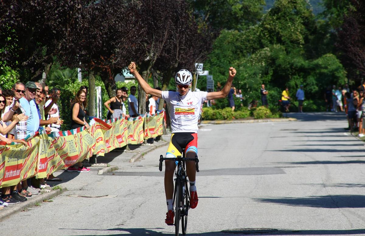Mathias Vacek vince solitario la Olgiate Comasco - Orino