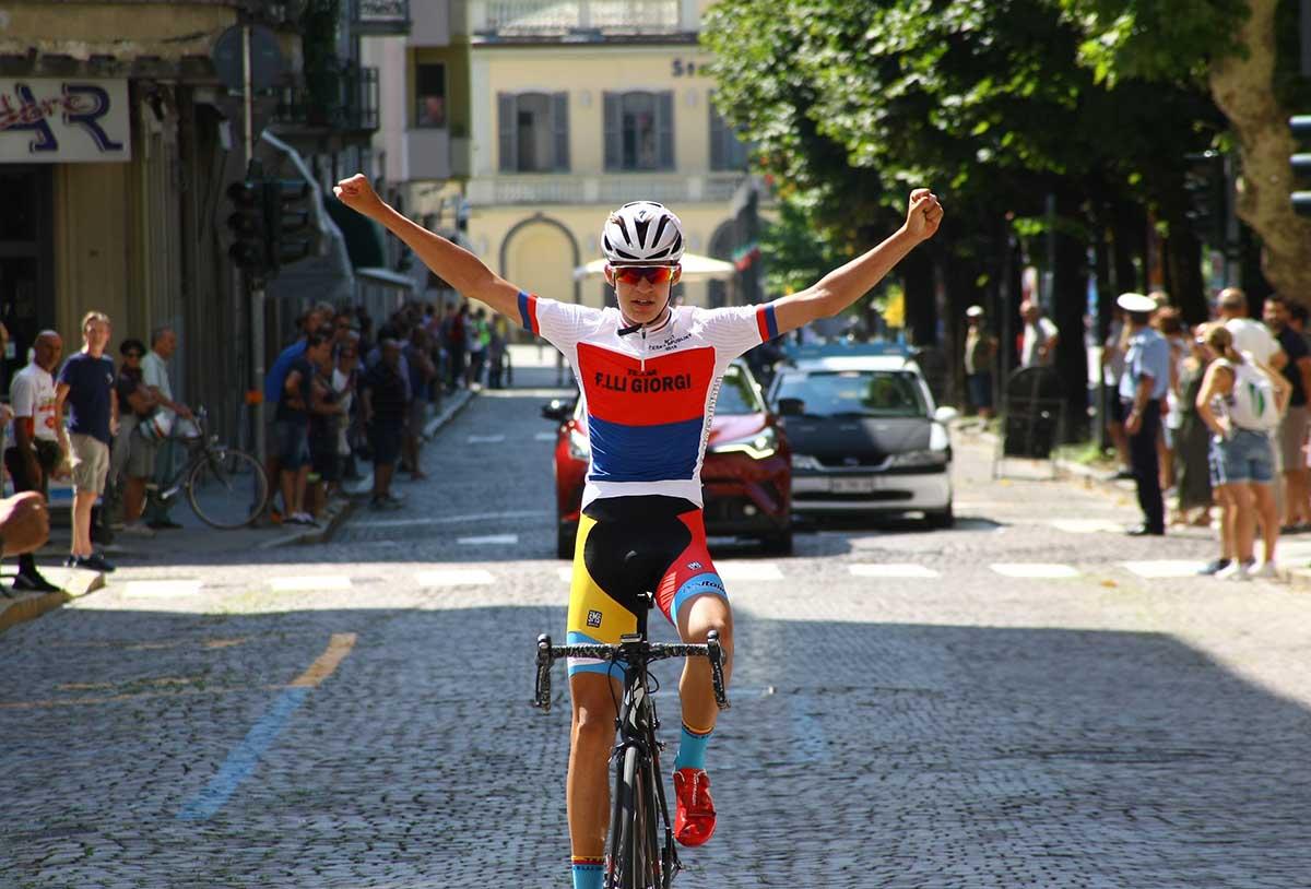 Mathias Vacek vince a Sondrio la seconda prova del Giro della Provincia di Como