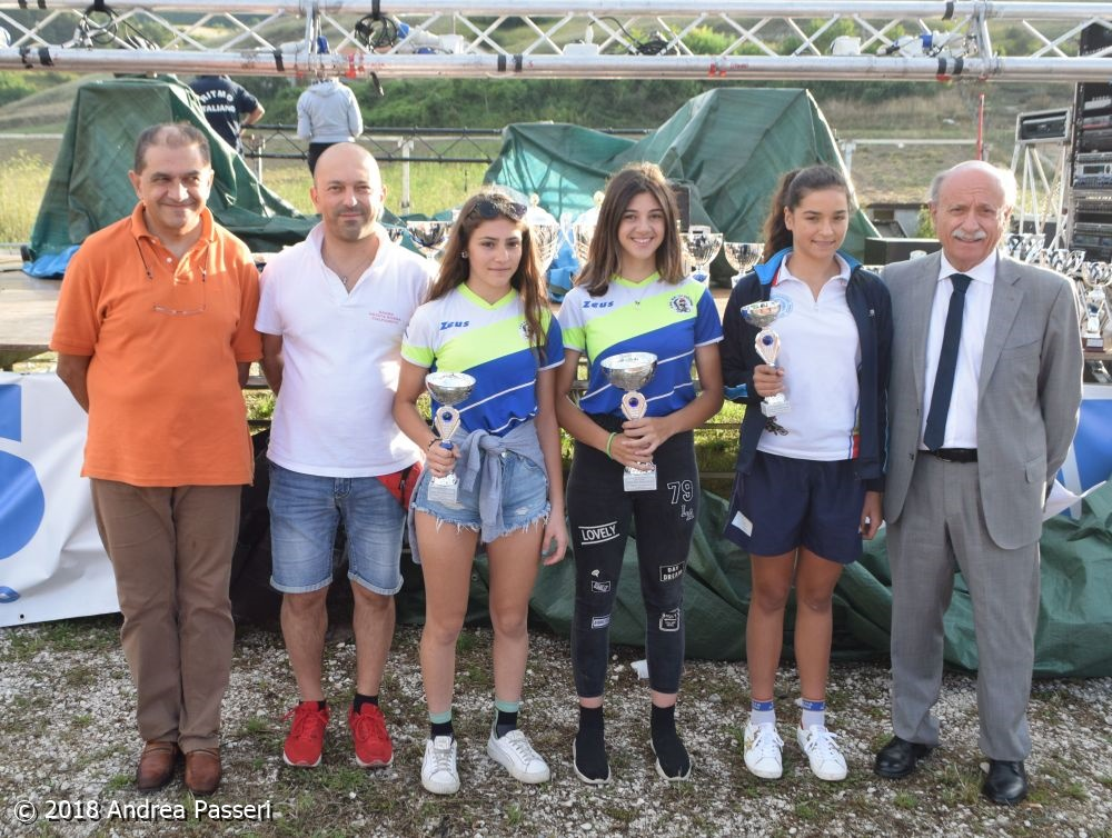 Il podio Donne Esordienti di Colfiorito