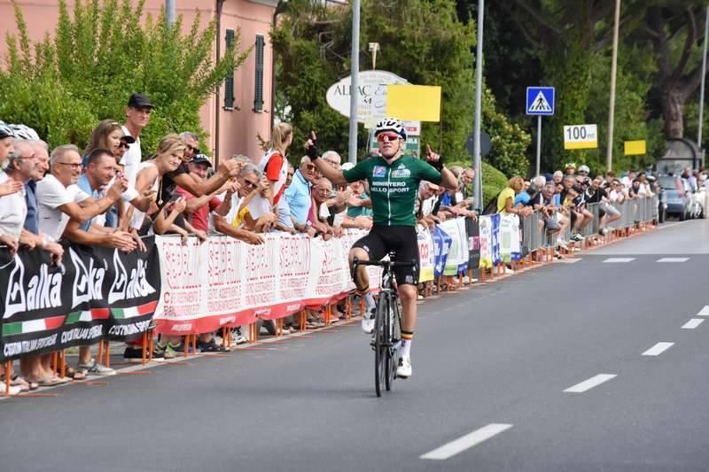 Remco Evenepoelvince la seconda tappa del Giro della Lunigiana 2018