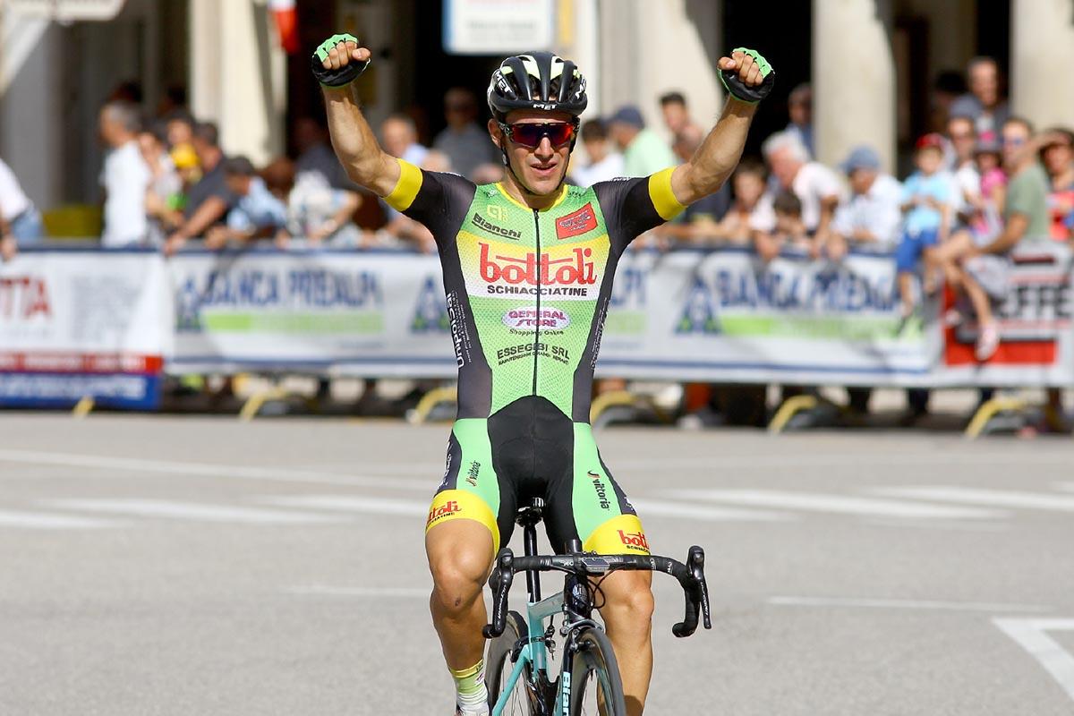 Cristian Rocchetta vince a Ceneda di Vittorio Veneto il 57° Circuito dell Assunta