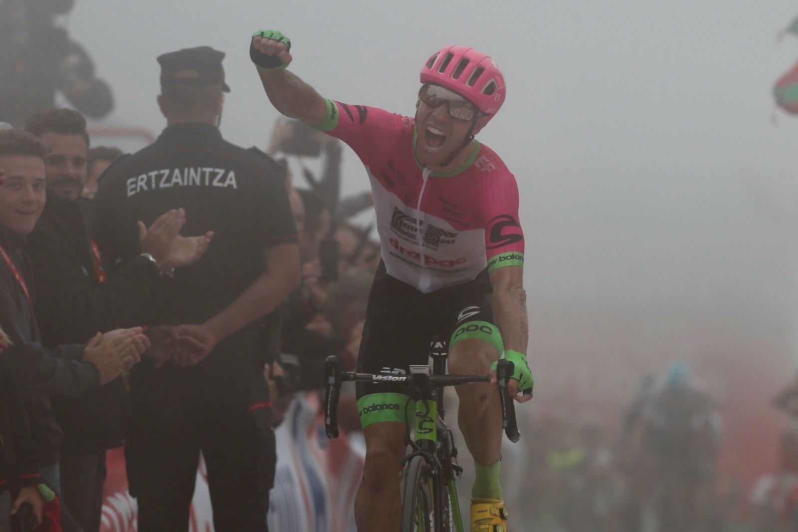 Michael Woods vince la 17esima tappa della Vuelta a Espana