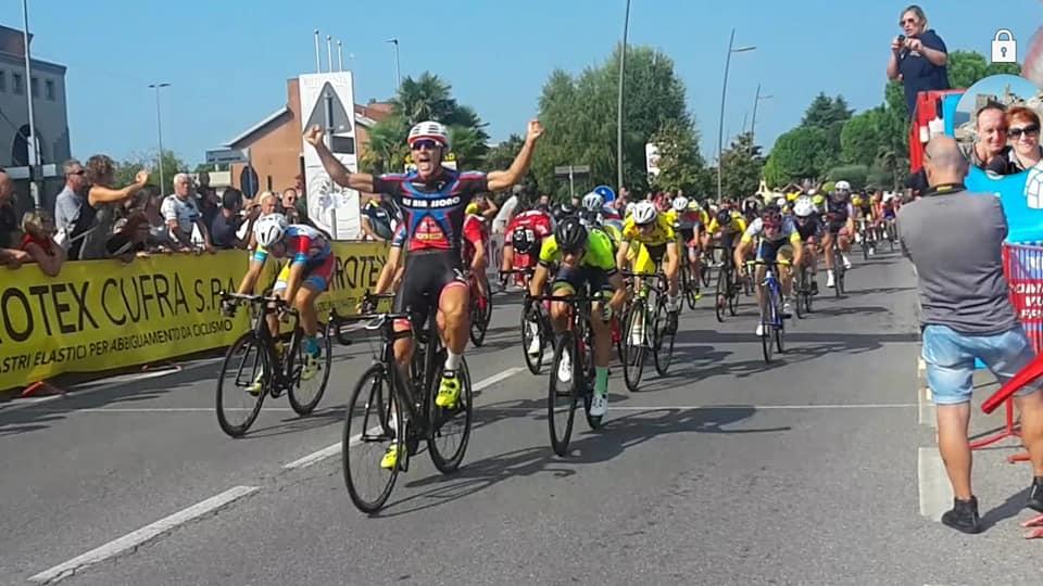 Daniel Ippona vince a Romano di Lombardia
