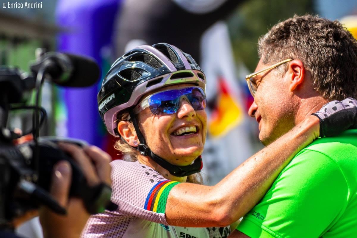 Gunn-Rita Dahle Flesja felice per la sua vittoria alla 3Epic
