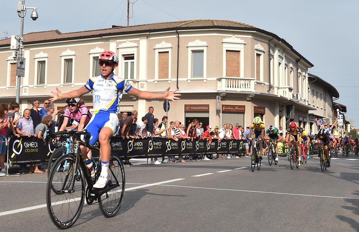 La vittoria di Giorgio Gavazzi nella gara Esordienti 2° anno di Ghedi