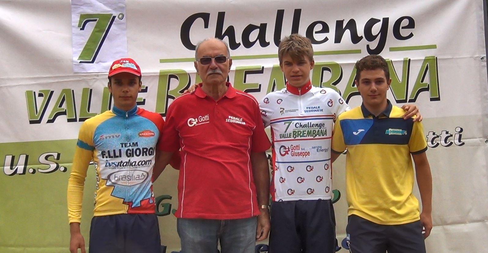 Il podio di Brembilla e della Challenge Valle Brembana con Vacek leader