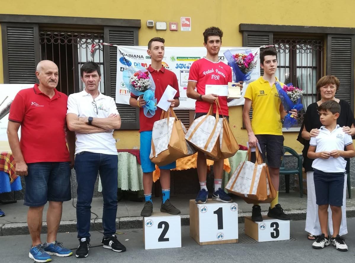 Il podio della gara Allievi di Corbetta