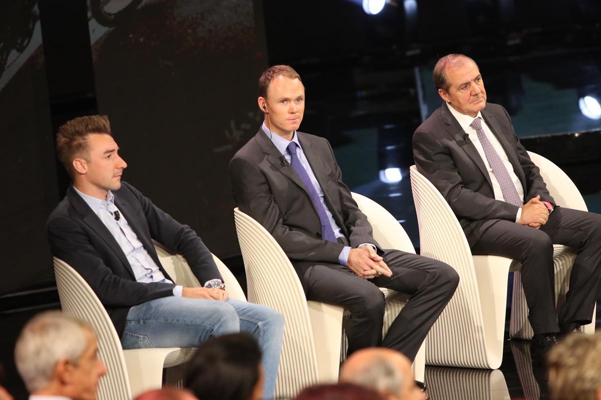 Elia Viviani, Chris Froome e Mauro Vegni