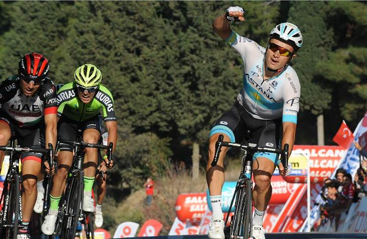 Alexey Lutsenko vince la quarta tappa del Giro di Turchia