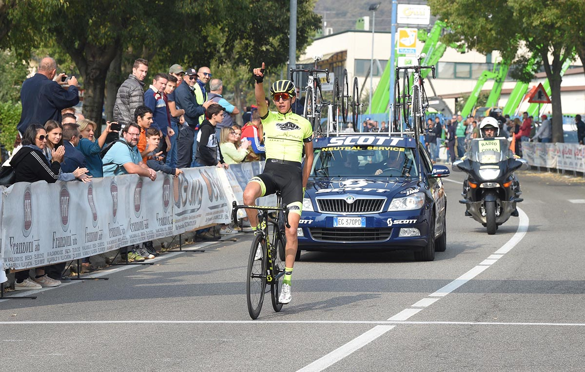 Andrea Piccolo vince l'ultima gara della stagione a Camignone
