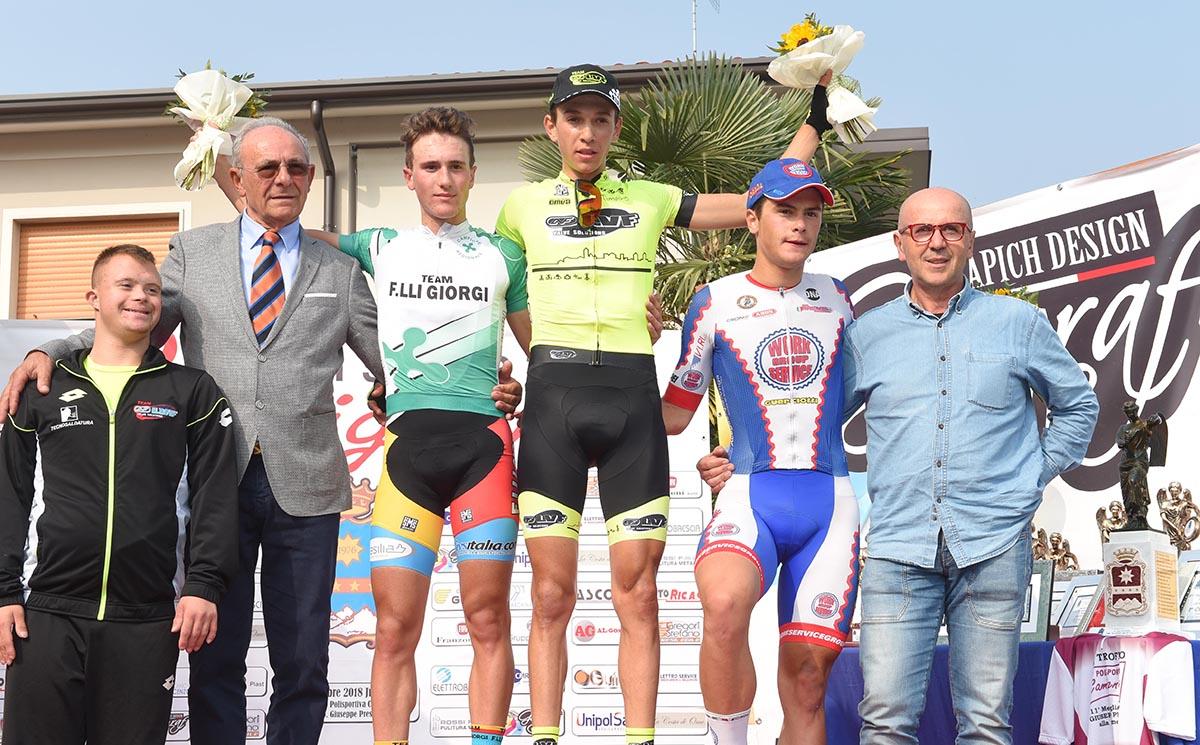 Il podio dell'ultima gara Juniores di Camignone vinta da Andrea Piccolo