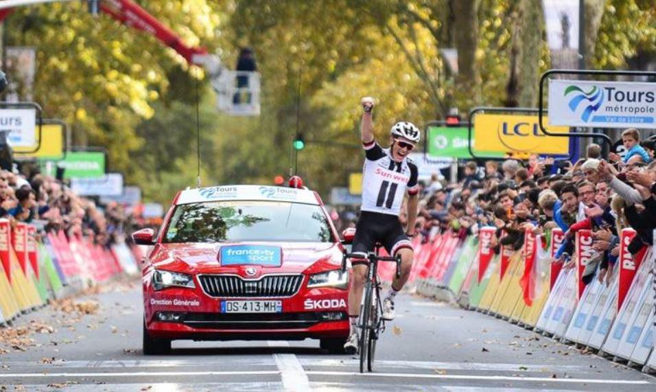 Søren Kragh Andersen vince la Parigi-Tours