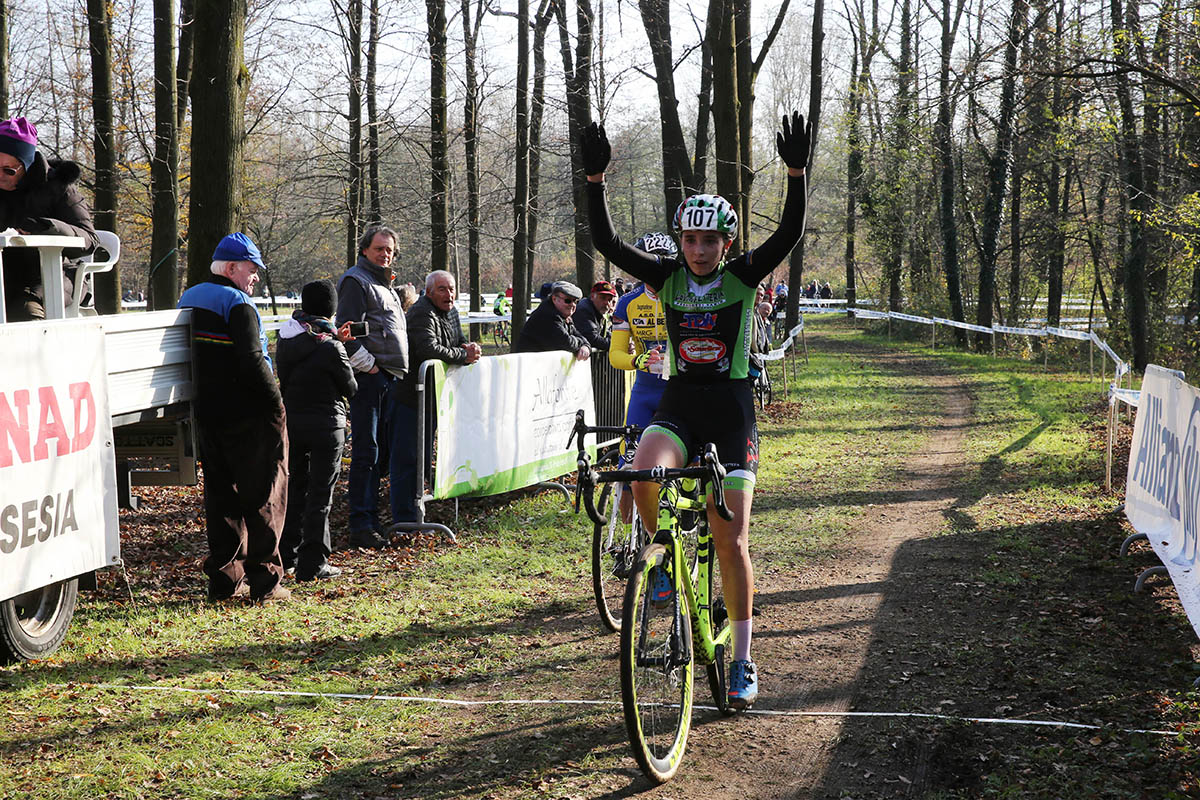 Giulia Bertoni vince a Borgosesia