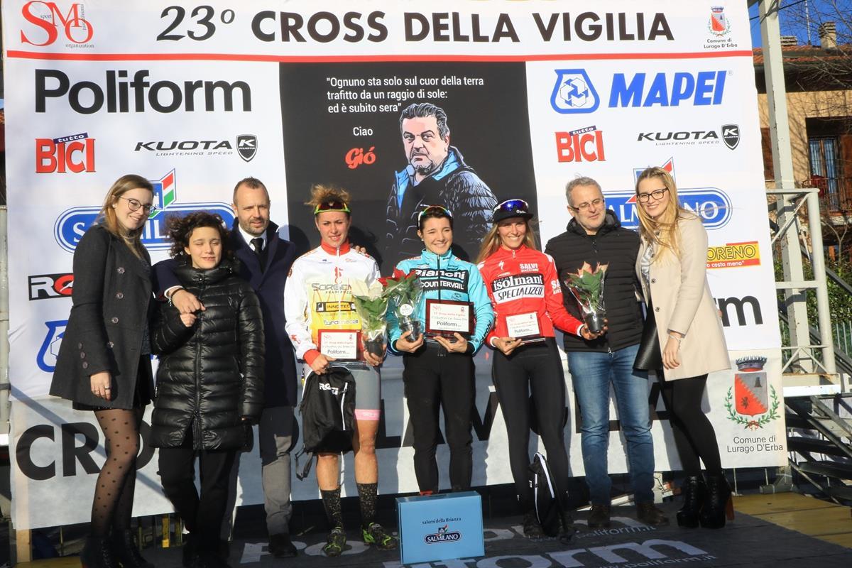 Il podio Open femminile di Lurago d'Erba