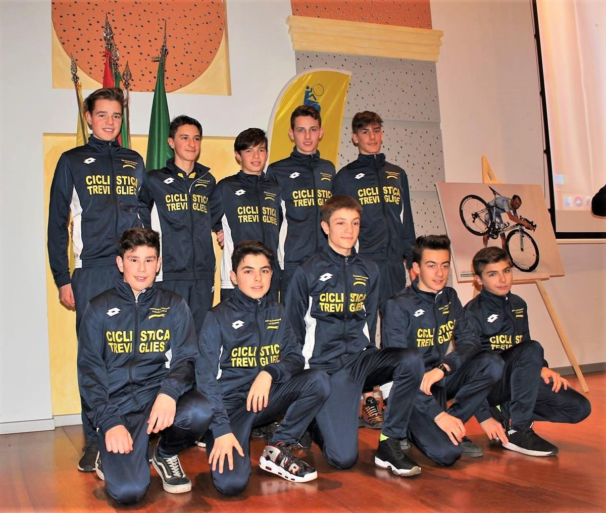 La squadra Allievi 2019 della Ciclistica Trevigliese