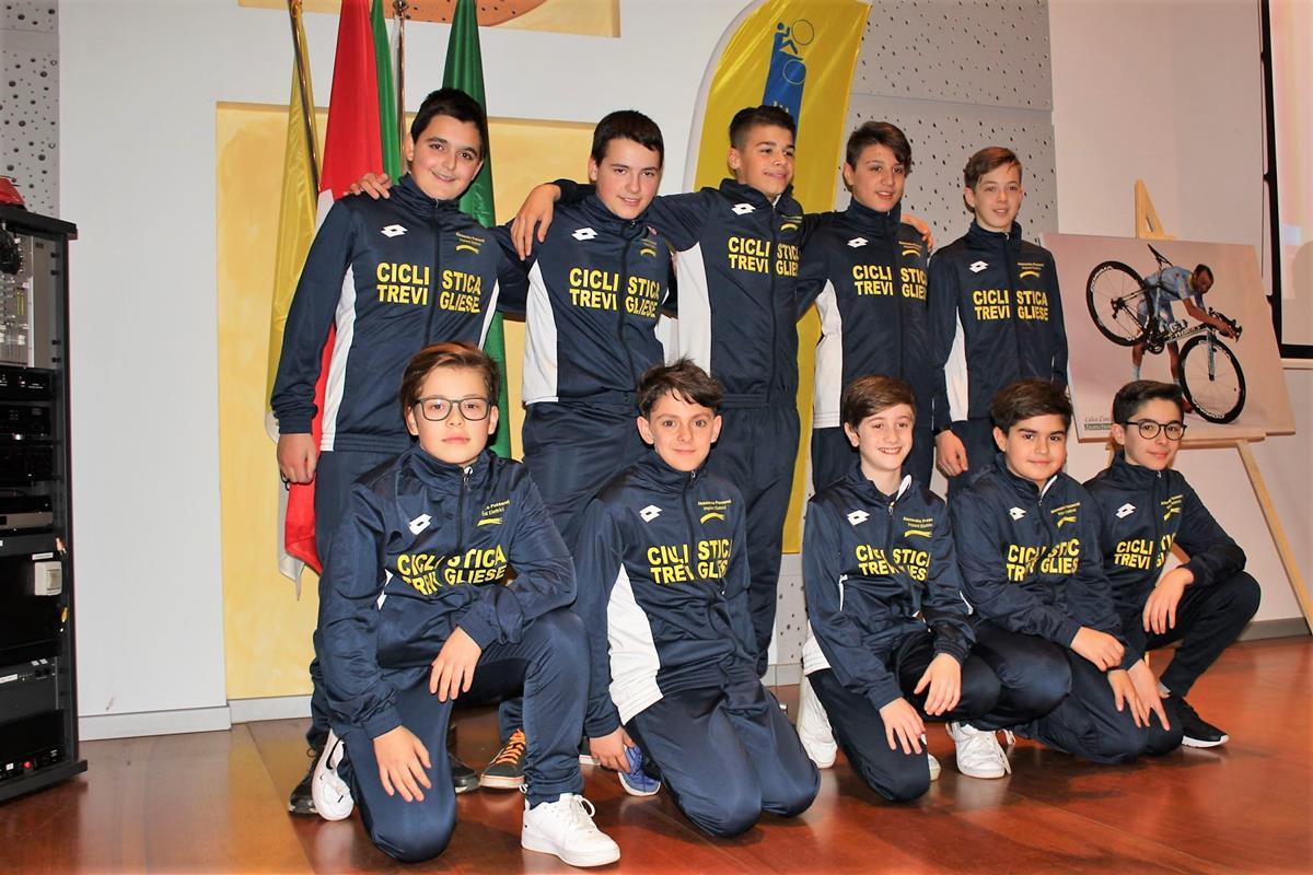 La squadra Esordienti 2019 della Ciclistica Trevigliese