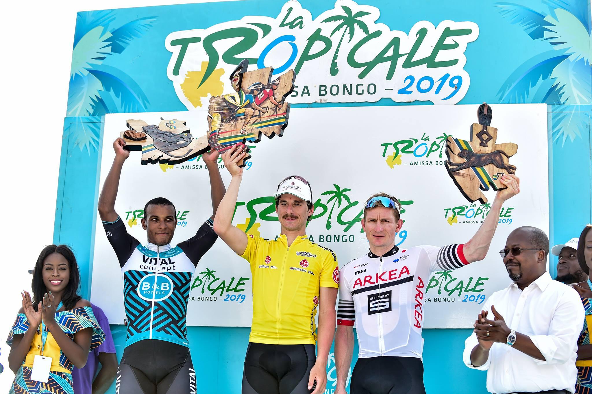Il podio finale della Tropicale Amissa Bongo 2019 vinta da Niccolò Bonifazio