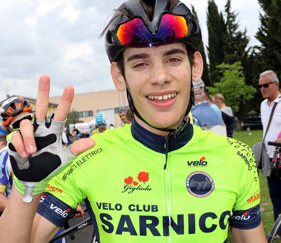 Terza vittoria stagionale di Sebastiano Minoia a San Pietro in Cariano (foto Photobicicailotto)
