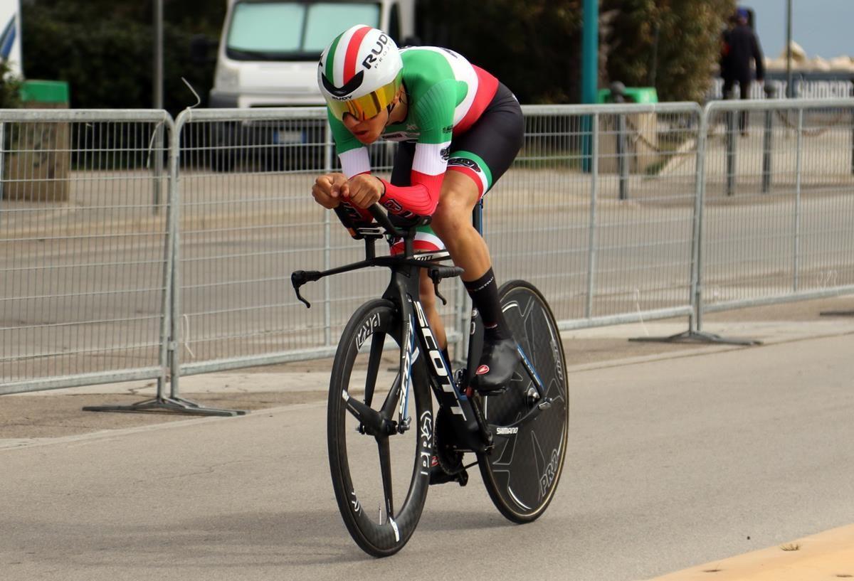 Andrea Piccolo in azione, primo classificato (foto Photobicicailtto)