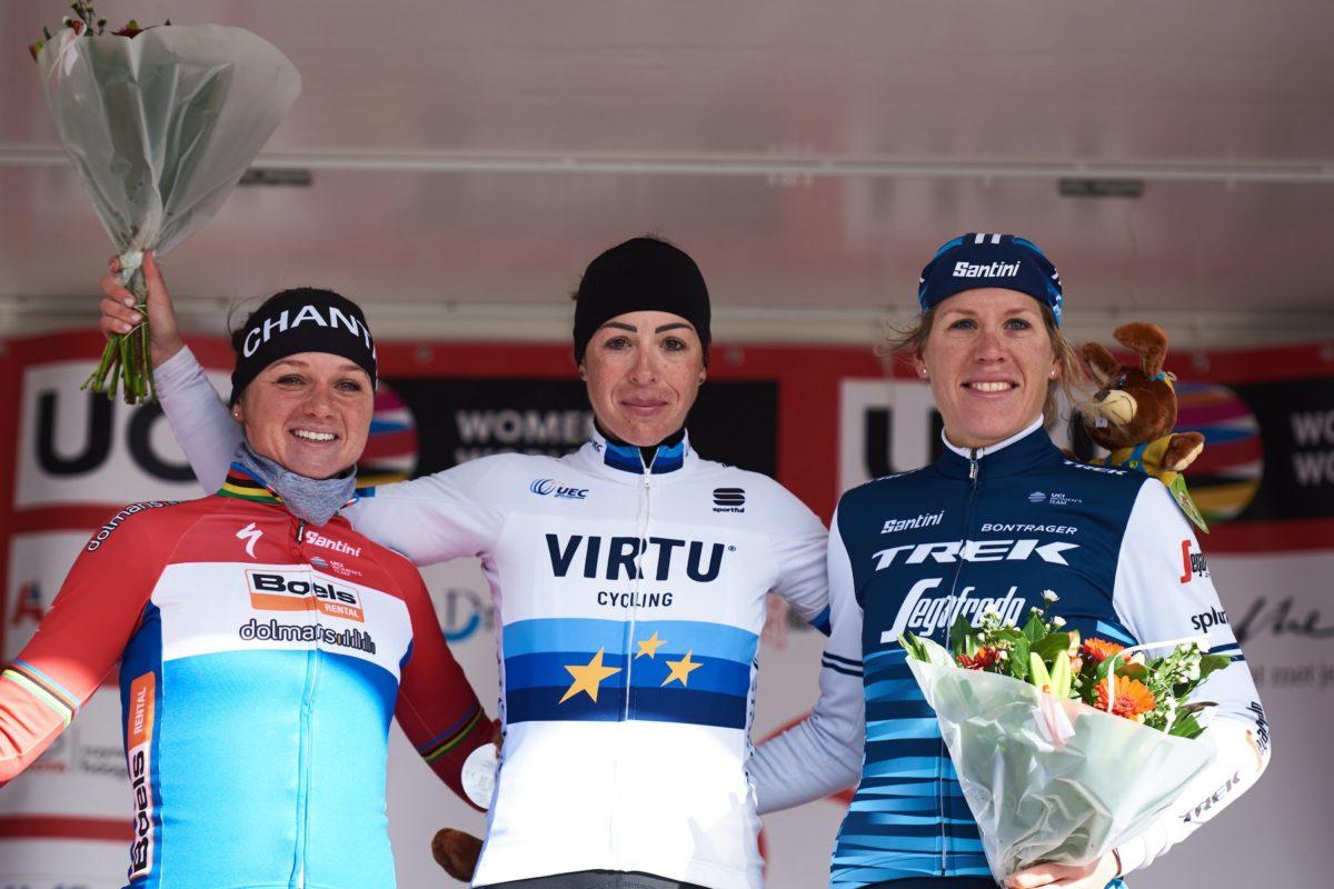 Marta Bastianelli sul gradino più alto del podio della Women's WorldTour Ronde van Drenthe (foto Team Virtu Cycling)