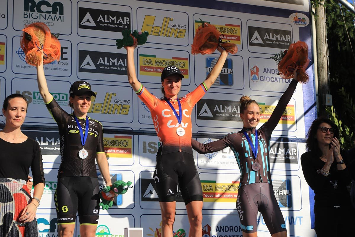 Il podio del Trofeo Binda di Cittiglio (foto Fabiano Ghilardi)