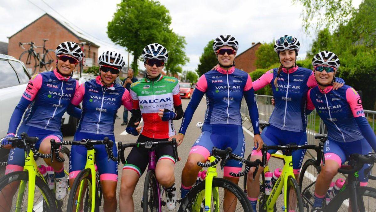 Grande festa per le ragazze della Valcar Cyclance in Belgio (foto Twila Muzzi)