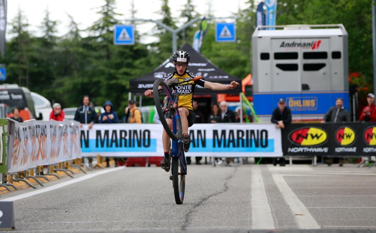 Andreas Emanuele Vittone primo Juniores alla Titano XCO 2019 a San Marino (foto Mario Pierguidi)