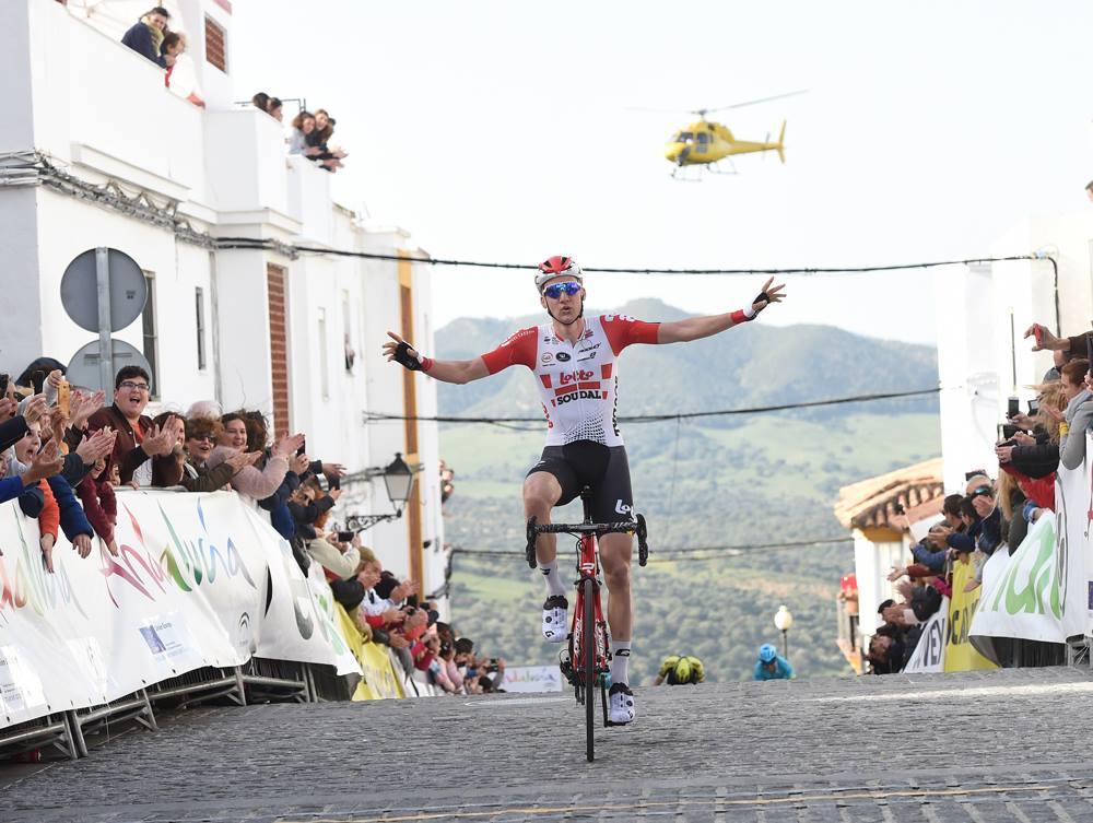 Tim Wellens vince la prima tappa della Vuelta a Andalucia 2019