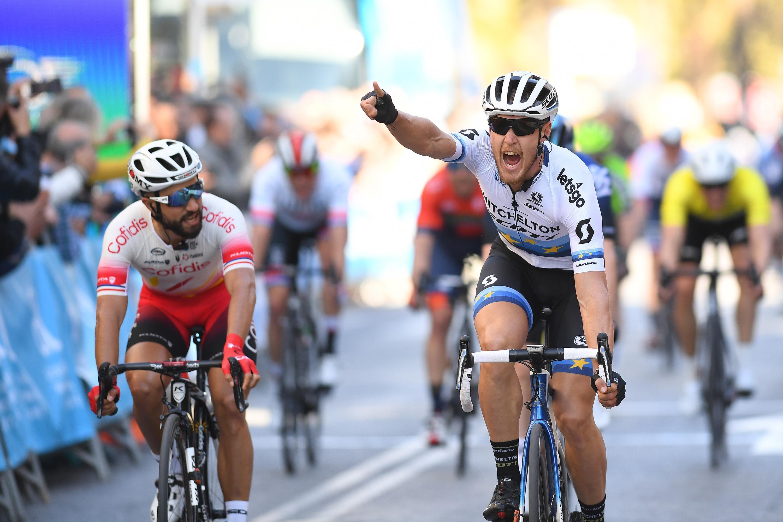 Matteo Trentin vince la seconda tappa della Vuelta Valenciana