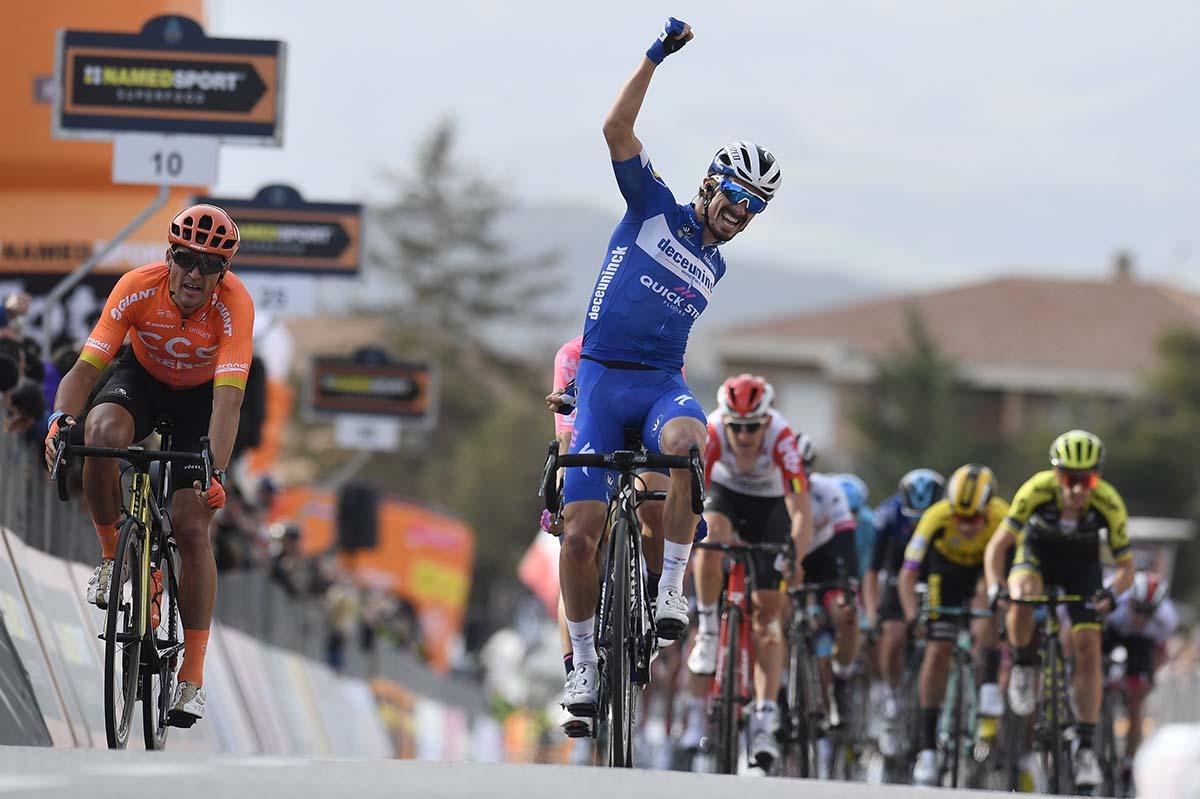 Julian Alaphilippe vince la seconda tappa della Tirreno-Adriatico